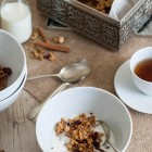 Honey and Olive Oil Granola www.thefoodiecorner.gr