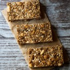 Healthy Granola Bars with Almonds, Dates, Tahini and Carob Honey www.thefoodiecorner.gr