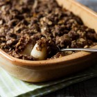 Chocolate and Ginger Pear Crumble www.thefoodiecorner.gr