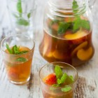 Peach and Melon White Sangria www.thefoodiecorner.gr