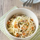 Spiralized Kohlrabi and Apple Coleslaw with Greek Yoghurt www.thefoodiecorner.gr