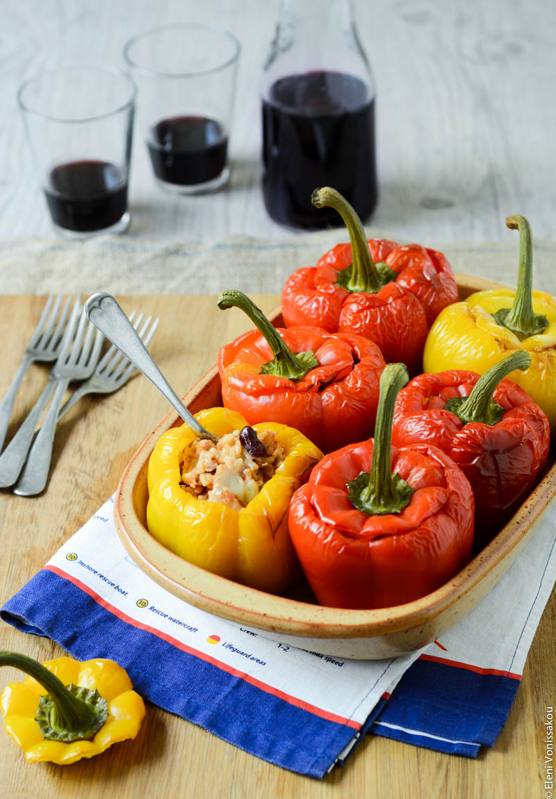 ... ⁄ Tex-Mex Stuffed Peppers with Tuna, Kidney Beans and Sweet Corn
