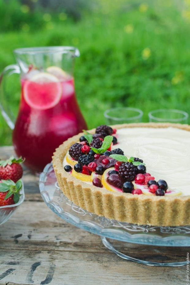 Lemon Curd and Mascarpone Cheesecake with Berries
