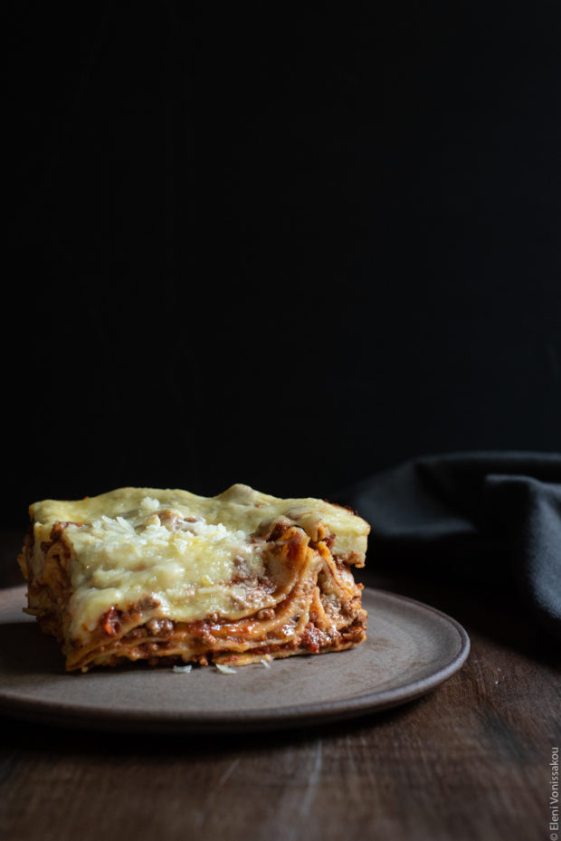 Slow Cooker Lasagna with Meat Sauce and Béchamel