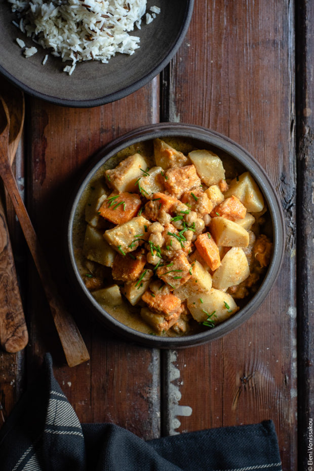 Slow Cooker Sweet Potato Chickpea Coconut Curry